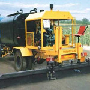 bitumen pressure distributors ,road equipment supplier in Gwalior