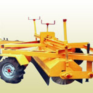 road broomer machine manufacturer- hydraulic road sweeping machine manufacture in Ahmedabad,Gujarat